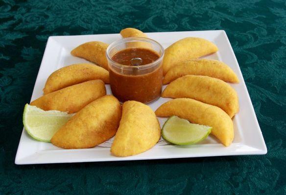 Empanadas colombianas (Cortesía: bamboorestaurantmiami.com)